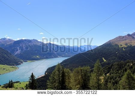 The Beautiful Mountain Landscape Of The Resia Valley Between The Friuli Alps In Italy 004