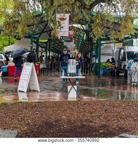 Davis, March 14, 2020. Davis Farmers Market Opens This Saturday Amidst De Corona Virus Pandemics And