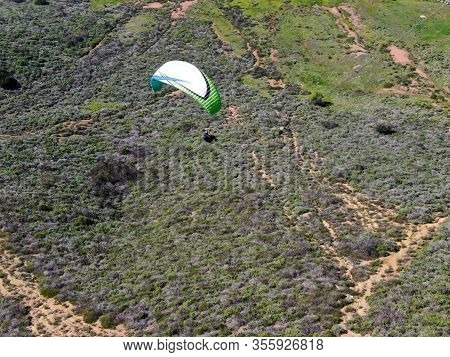 Para-glider Over The Top Of The Mountain During Summer Sunny Day. Para-glider On The Para-plane, Str