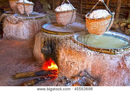 Pan With Firer wood