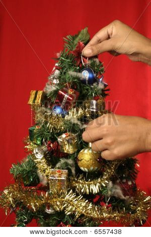 Decorating Christmas tree