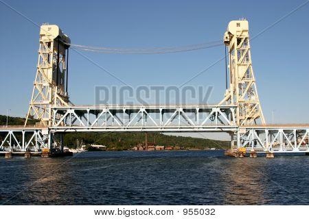 Houghton Hancock Bridge In Daytime