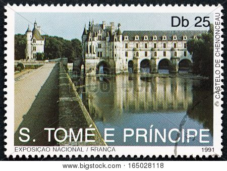 SAO TOME AND PRINCIPE - CIRCA 1991: a stamp printed in Sao Tome and Principe shows Chenonceau Castle Landmarks of France circa 1991