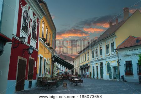 Szetendre is a tow 20 Kilometers north of Budapest on banks of the Danube river