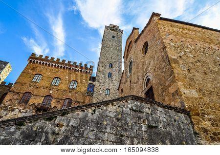 Hdr New Podesta Palace In San Gimignano