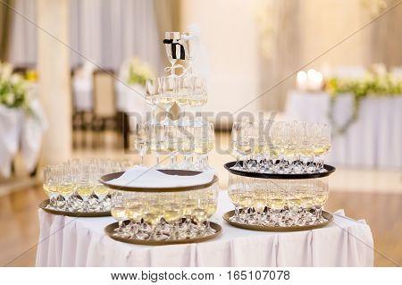 Traditional Polish Wedding Champagne Detail