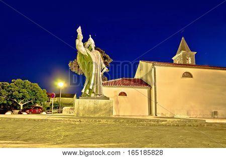Grgur Ninski Statue In Town Of Nin
