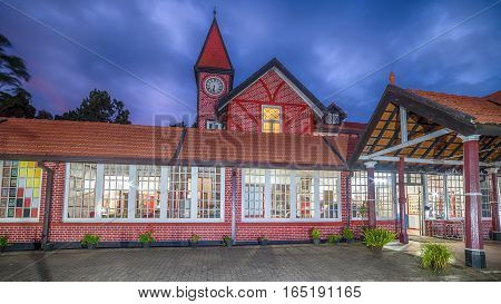 Sri Lanka, Nuwara Eliya: famous colonial British post office at night
