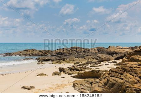 Natural sand and rock beach skyline nautral landscape background