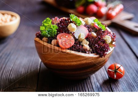 Lollo Rosso Salad With Chickpeas, Tomato, Radish And Croutons