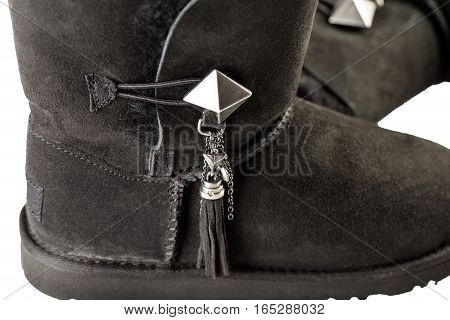 Detail of accessory of UGG Women's Lilou Sheepskin Boots