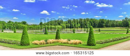 Beautiful Park Near Suburban Residence Of The France Kings - Chateau Fontainebleau.