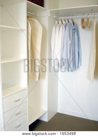 Walk In Wardrobe 2