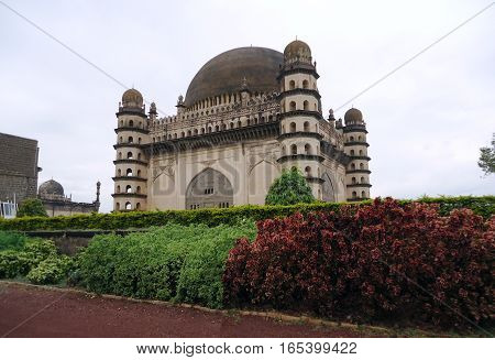 Gol Gumbaz is the mausoleum of Mohammed Adil Shah, Sultan of Bijapur. The tomb, located in Bijapur, Karnataka in India, was completed in 1656 by the architect Yaqut of Dabul.