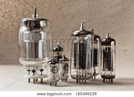 composition of different tipes electronic vacuum tubes