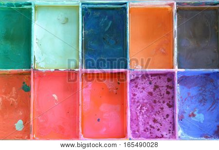 variety oil color in square plastic tray