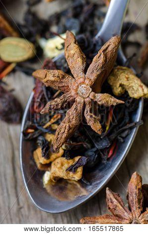 Ingredient for making spicy indian tea masala.