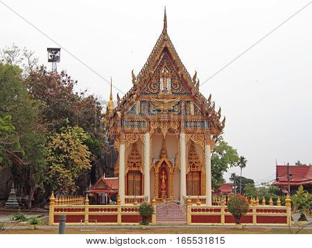 the small buddhist temple in Phetchaburi Thailand