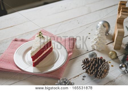Red Velvet Cake With White Cream Decoration