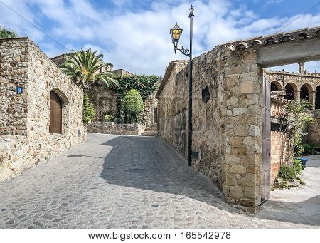 Spain Catalonia Girona Pals: The first mention Pals refer to the 9th century. Very beautiful medieval town . Stone streets buildings cozy little town Square an observation deck .