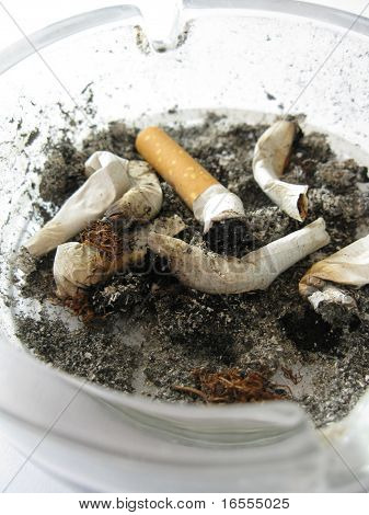 Dirty full ashtray