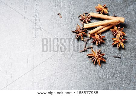 Cooking Ingredients: Cinnamon Sticks, Clove And Star Anise