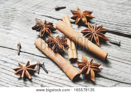 Mulled Wine Ingredients. Cinnamon, Cloves And Anise.