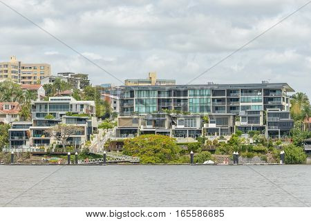 Mordern residential accomodation on the Brisbane River close to the Norma Park Ferry Terminal.