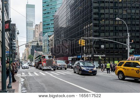 NEW YORK USA - SEPTEMBER 26 2013: traffic on Lexington avenue in Manhattan