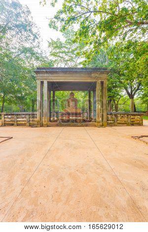 Anuradhapura Samadhi Buddha Statue Footpath V
