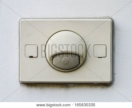 Doorbell at the front of the home