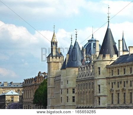 The Conciergerie, part of the former royal palace, formerly a prison but presently used mostly for law courts, Paris, France
