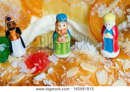 Roscon De Reyes And Three Wise Men Figurines