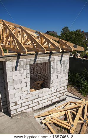 Roofing Construction. Roofing house construction with autoclaved aerated concrete (AAC) also known as autoclaved cellular concrete (ACC) autoclaved lightweight concrete (ALC) autoclaved concrete wall. Roof Trusses.