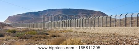 Israel Egypt Border Fence In The Negev And Sinai Deserts
