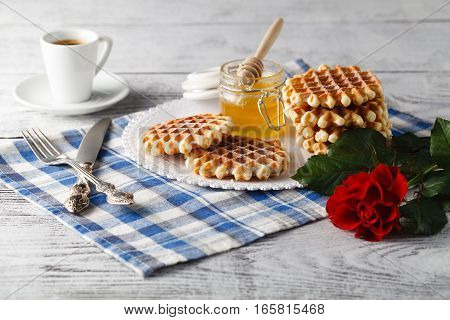 Breakfast with Viennese wafers and coffee for her