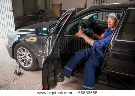 Mechanic Diagnosis The Steering