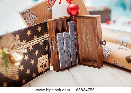 plenty of gift red and Kraft boxes. Christmas gifts