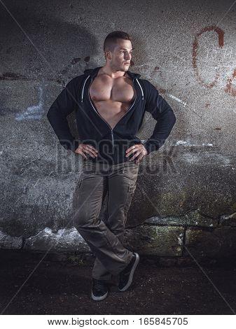 Muscular Atractive Guy