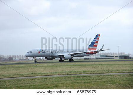 March 27th 2015 Amsterdam Schiphol Airport N205UW American Airlines Boeing 757-200 Polderbaan Runway