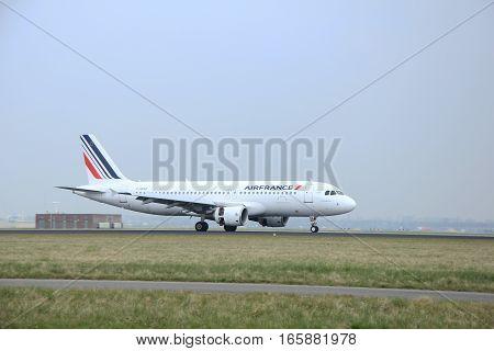 March 24th 2015 Amsterdam Schiphol Airport F-GKXB Air France Airbus A320-212 landing on Polderbaan Runway