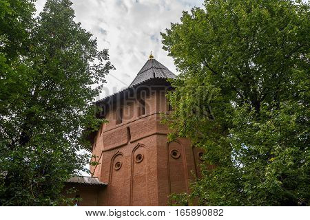 Watchtower and fortress walls of the monastery in Suzdal.
