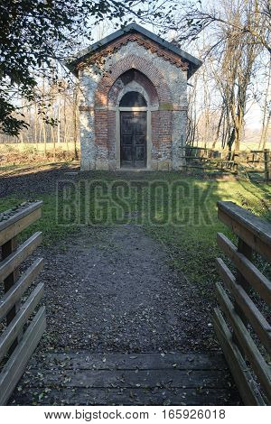 Monza (Brianza Lombardy Italy): old farmstead of Mulini Asciutti into the Park in december