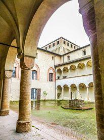 Hdr Torrechiara Castle