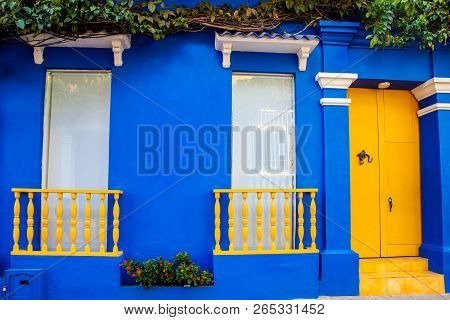 The colorful colonial houses at the walled city of Cartagena de Indias poster