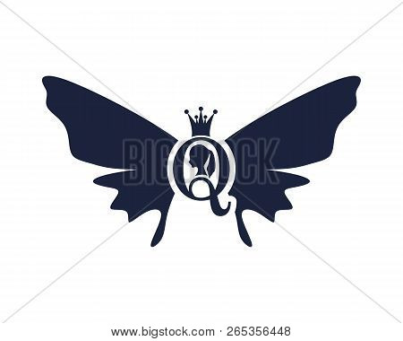 Vintage Queen Silhouette. Medieval Queen Profile. Elegant Silhouette Of A Female Head. Royal Emblem