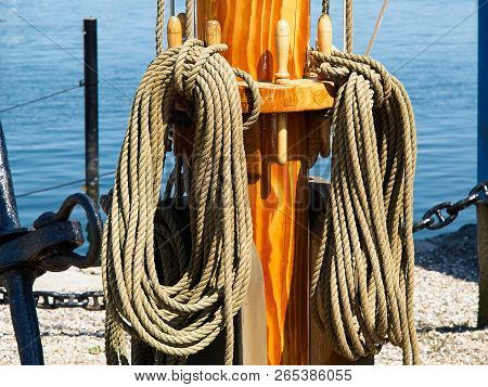 Pulley For Sails And Ropes Made From Wood On An Old Traditional Sail Boat Sailing Background Image