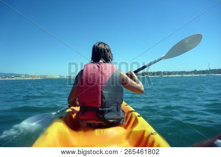 people doing kayaking