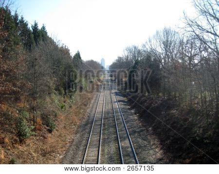 Train Tracks To City