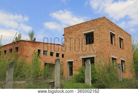 ruine of lost plant, red brickwork. Empty and nobody.